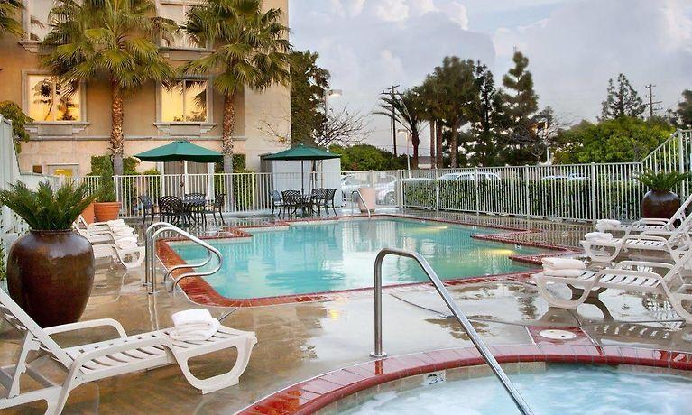 Ayres Hotel Anaheim Ca